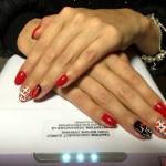 Маникюр и покрытие с наклейками от мастера Любы - Киев - Студия Beauty Bar