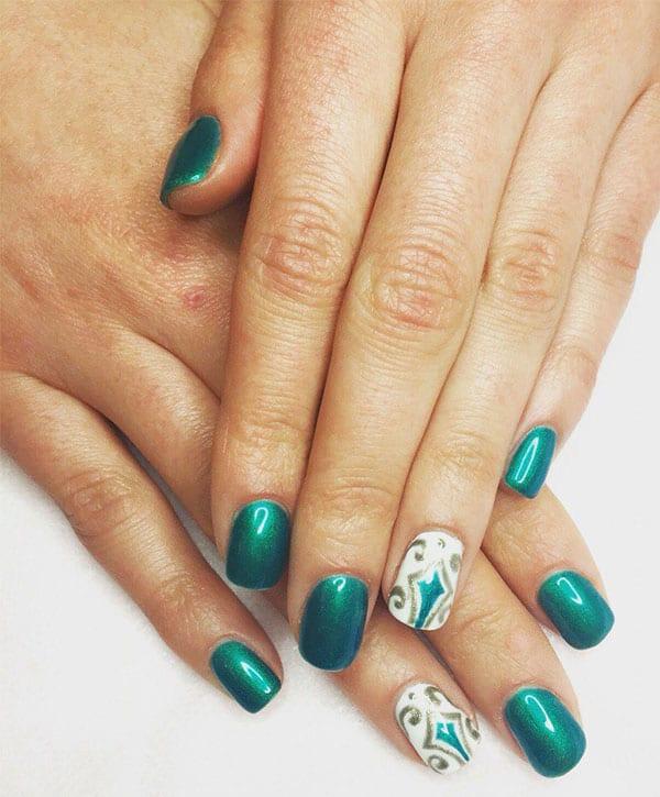Маникюр, покрытие и ручная роспись от мастера Марины - Киев - Студия Beauty Bar